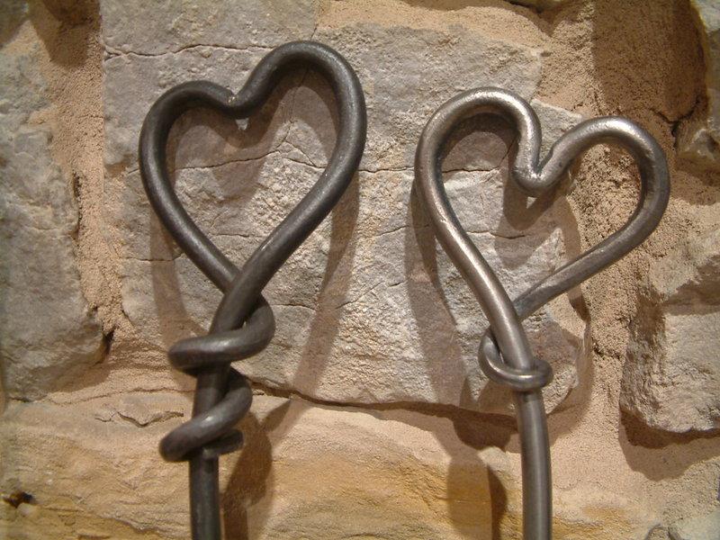фото кованое сердце