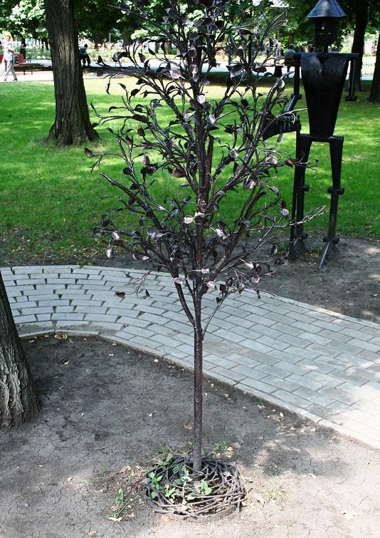Куем дерево
