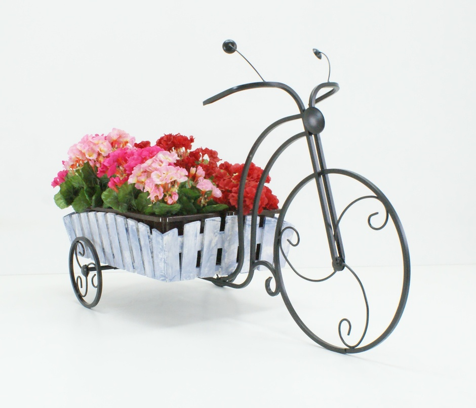 Купить кованые подставки для цветов, фото и цены кованых подставок под цветы, изделия напольные, настенные