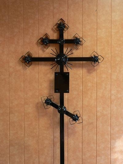 Как сделать крест на могилу из металла размеры
